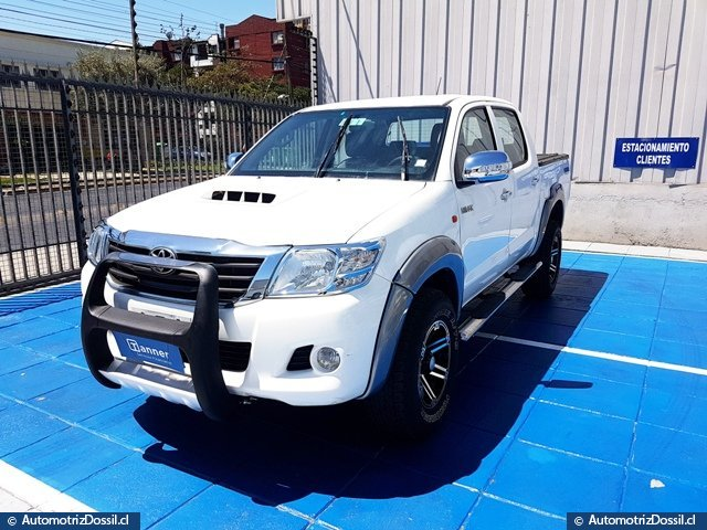 TOYOTA NEW HILUX 2.5 DIESEL 4X2 FULL EQUIPO
